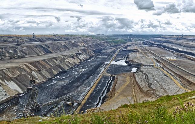 Rhine_coal_mine3