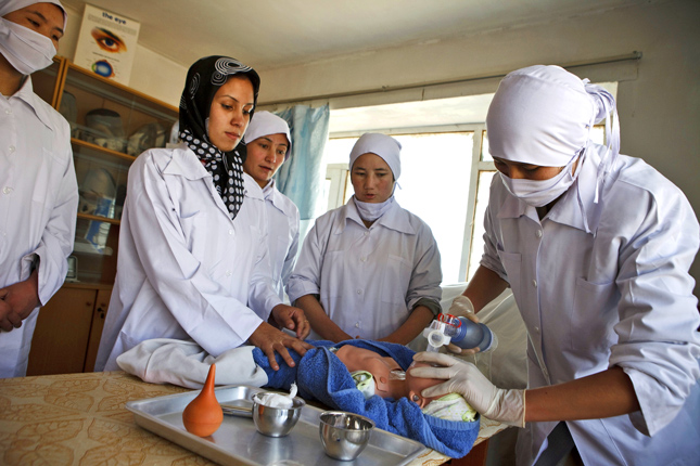 afghan-midwives