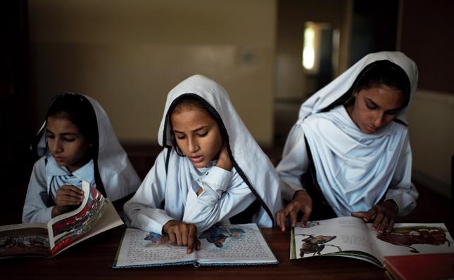 pakistan-school