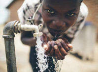 Uganda-water