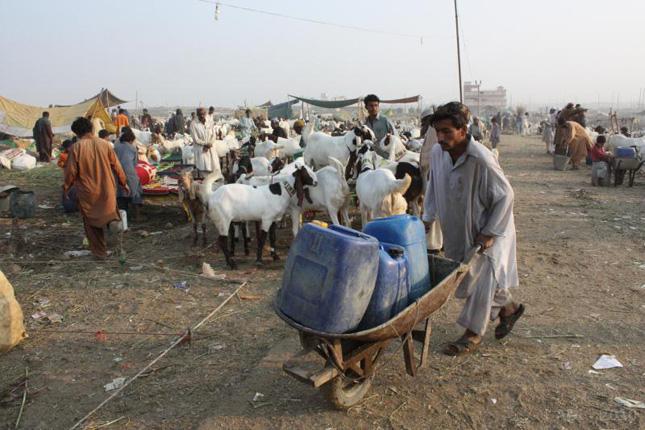 Karachi-Water