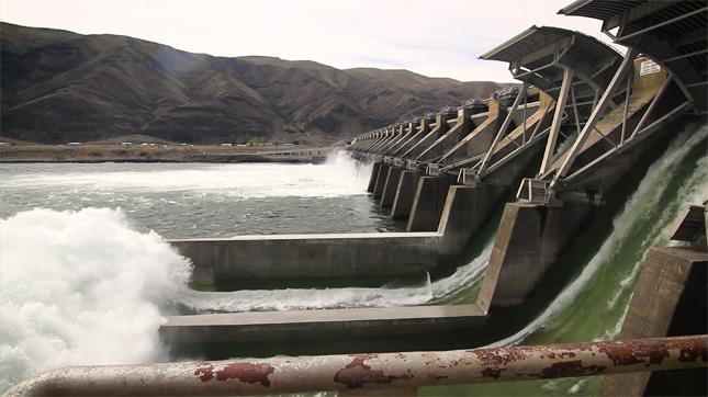 Columbia-River-Dam
