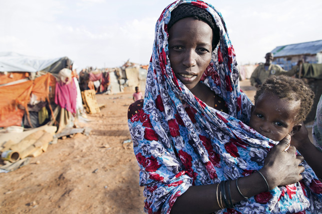 Refugee-Woman-with-Child