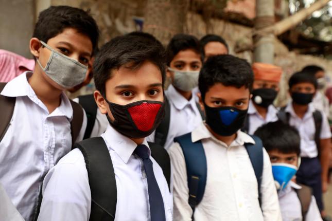 Dhaka,,Bangladesh,-,March,12,,2020:,Viqarunnisa,Noon,School,Students