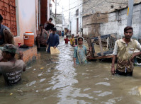 Karachi,,Pakistan,-,Aug,22:,Residents,Are,Facing,Difficulties,Due