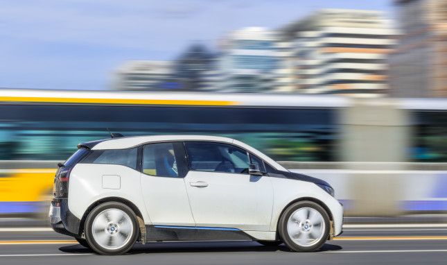 Race to Carbon Neutrality: Electric Vehicles in China and the United States