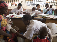 Mothers have their babies vaccinated at the Primary Health Care Maraba, in Karu, Nigeria on June 19, 2018. Photo © Dominic Chavez/GFF
